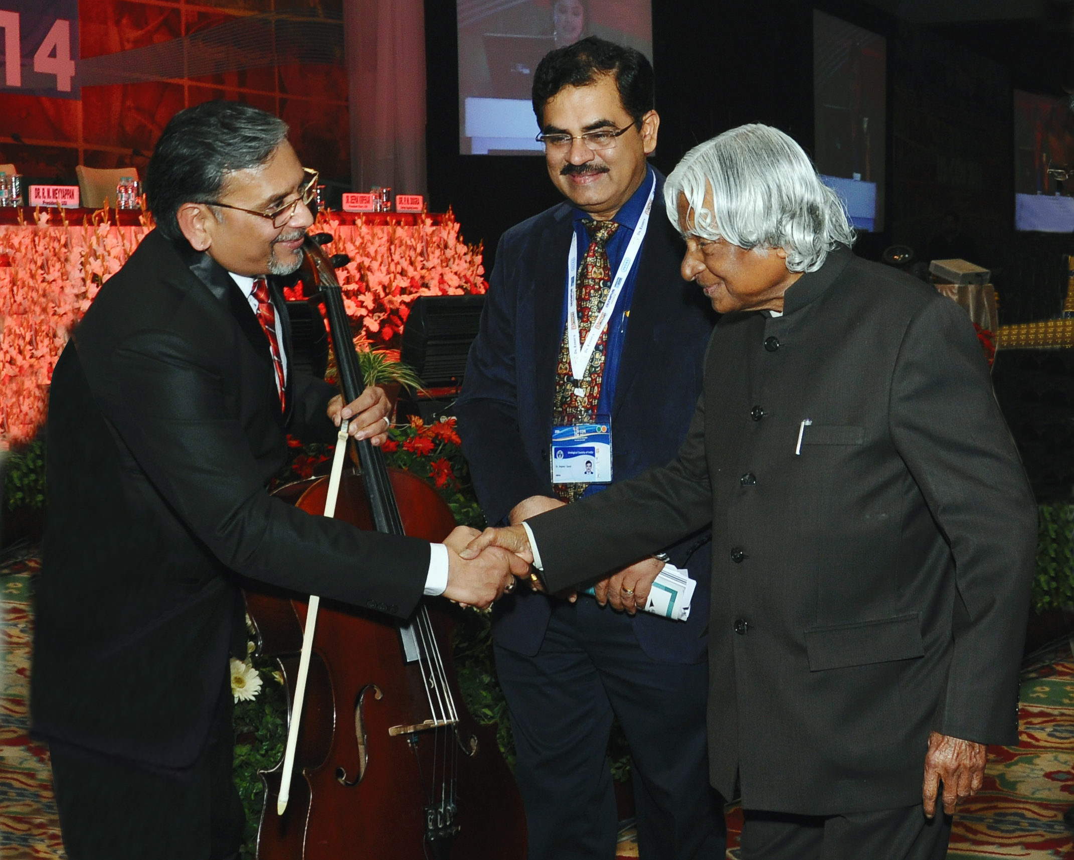 Jogi with Ownerable Indian President Mr.Abdul Kalam g